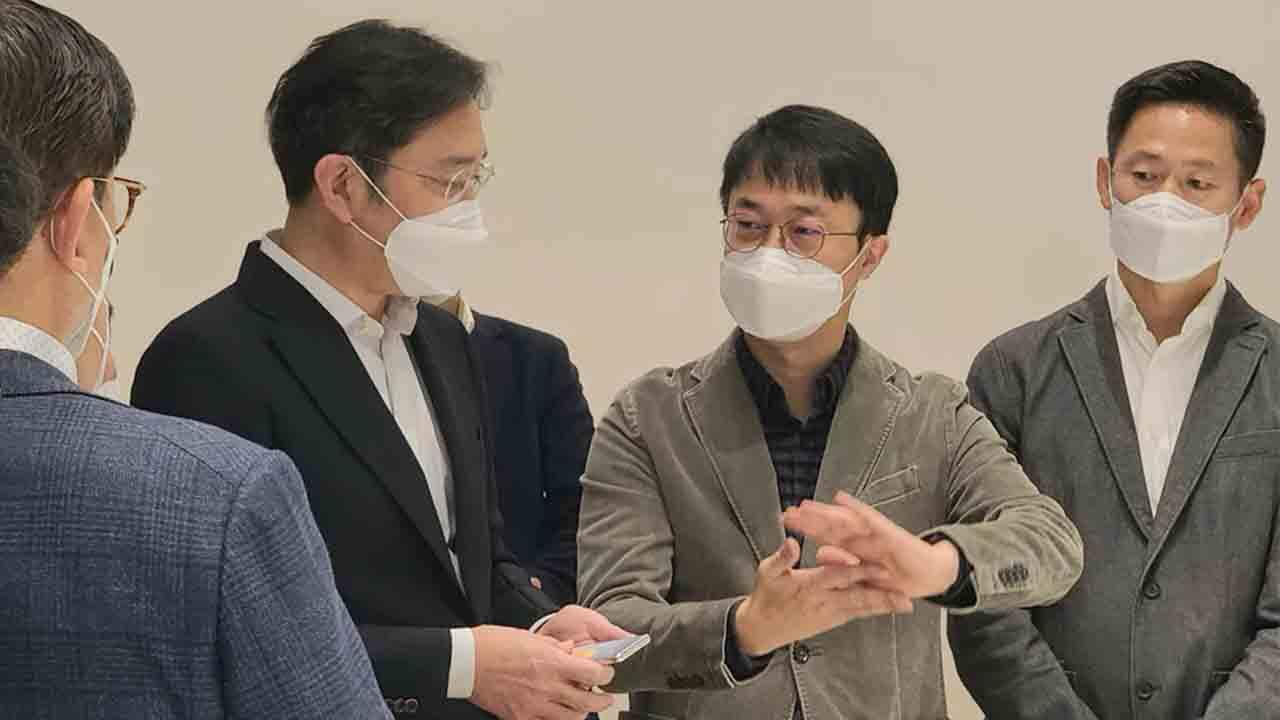 El presidente de Samsung tiene un posible teléfono extensible